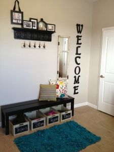 Mud Room DIY     I     Love the WELCOME sign too