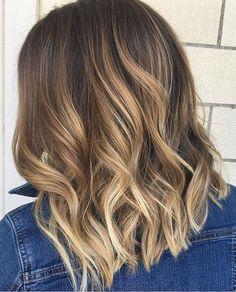 """1,174 Me gusta, 15 comentarios - Mane Interest (@maneinterest) en Instagram: """"Brighter days ahead. Color by @maddieatthemae  #hair #hairtalk #hairstyles #hairenvy #bronde…"""""""