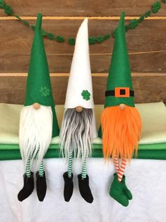 Patricks day leprechaun tricks Set of 3 St Patrick's Day/Leprechaun Gnomes Nisses, 9 inch St Patricks Day Socks, Diy Craft Projects, Crafts For Kids, Diy Crafts, St. Patrick's Day Diy, St Patrick's Day Decorations, Holiday Crafts, Holiday Decor, Seasonal Decor