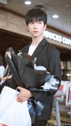 Chinese Babies, Chinese Boy, Handsome Korean Actors, Handsome Boys, Yang Yang Actor, Chines Drama, Best Dramas, Asian Cute, Running Man