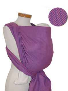 I NEED this too! ;) Storchenwiege woven wrap - Leo Rose