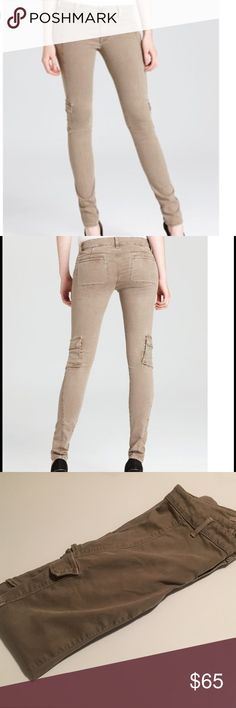 """Vince cargo pocket skinny jeans Color is toast! First 2 pictures are a more accurate display of color. Snap cargo pockets on leg- stretchy """"denim"""" 66% tencel 31% cotton 3% elastane Vince Jeans"""