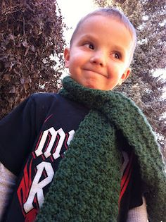 A nice simple scarf for a boy with easy to follow instructions crochet boys textured scarf pattern dt1010fo