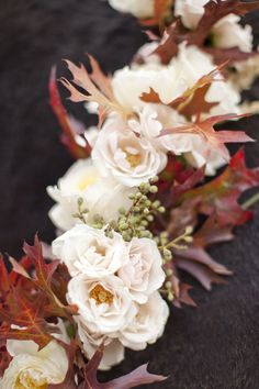 Beautiful fall flowers by Sarah Winward   photo by Jessica Peterson via The Sweetest Occasion