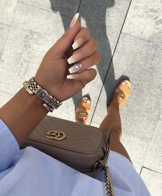In seek out some nail designs and ideas for your nails? Listed here is our list of 21 must-try coffin acrylic nails for trendy women. Shiny Nails, Aycrlic Nails, Matte Nails, Nail Nail, Best Acrylic Nails, Acrylic Nail Designs, Gorgeous Nails, Pretty Nails, Special Nails