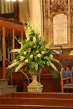 New wedding church alter flowers receptions ideas Wedding Ceremony Flowers, Wedding Ceremony Decorations, Wedding Centerpieces, Pew Decorations, Wedding Table, Alter Flowers, Church Flowers, Silk Flowers, Large Flower Arrangements