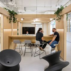 The design explores the concept of structured office space blurring activity spaces with working spaces so that one feels liberated within a casual + social work environment.