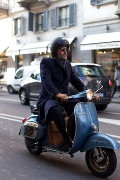 Old vespa and navy coat menswear style fashion italy italia motor helm vintage milan fashion week Vespa Px, Scooters Vespa, Scooter Moto, Piaggio Vespa, Lambretta Scooter, Motor Scooters, Vespa Girl, Scooter Girl, Retro Scooter