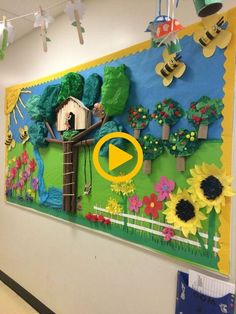 The Completed Paper Mache Tree Project! is part of Summer bulletin boards - Kids Crafts, Summer Crafts, Diy And Crafts, Paper Crafts, School Board Decoration, Class Decoration, School Decorations, Garden Bulletin Boards, Summer Bulletin Boards