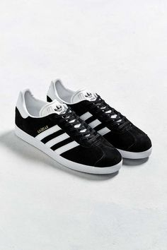 1b7ccb49fe20a 90 Best Shoes images in 2019