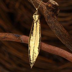 House of Rhya Olive Leaf Pendant | AtAuction.com