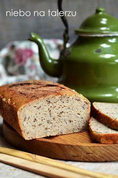 Łatwy chleb bezglutenowy, chleb z mąki gryczanej dla osób, które nie chcą lub nie mogą jeść pszenicy. Zwarty, wilgotny, dobrze się kroi. Wheat Belly, Gluten Free Recipes, Banana Bread, Food To Make, Rolls, Food And Drink, Baking, Narnia, Food Ideas