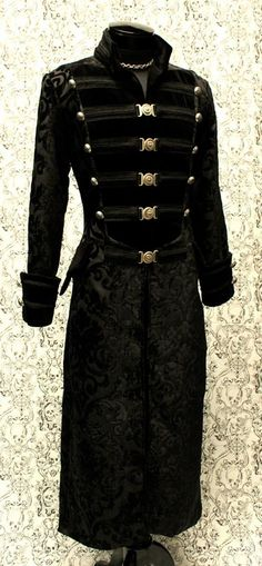 DOMINION COAT - BLACK VELVET
