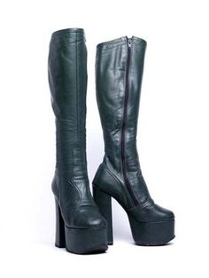 Platform-Soled Boot With Stacked Heel bottle-green leather, knee high with zip… Platform High Heels, Platform Boots, High Heel Boots, Heeled Boots, Shoe Boots, Shoe Shoe, Leather Boots, Green Leather, Vintage Boots