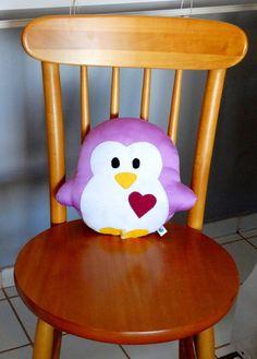 Nova coleção de almofadas e bichinhos da vovó!  Leve a sua pra casa!    Pinguim Pingu!    Pode ser feito em qualquer cor!
