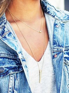 All about these layered gold necklaces on Julie Sarinana of Sincerely Jules