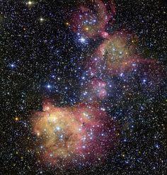 NASA EN ESPAÑOL :: Un Hermoso Ejemplo de Ornamentación Estelar