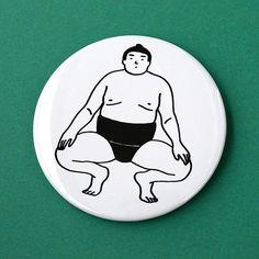 お相撲さんの缶バッチです。蹲踞(そんきょ)をしているかわいらしいお相撲さんを描きました。お相撲さんの缶バッチでおしゃれさんになれるかも?SIZE76mmサイズ...|ハンドメイド、手作り、手仕事品の通販・販売・購入ならCreema。