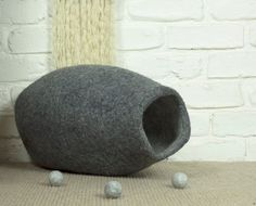 Extra Large Felted Cat Cocoon, Felt Cat Bed, Stone Grey and White Pet Bed, Wool Cat Pod, Cosy Cat Cave, Cat Den, Cat House, Kitty Cave