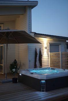 Malaga, Tub, Outdoor Decor, Home Decor, Bathtubs, Decoration Home, Room Decor, Home Interior Design, Bathtub