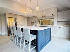 """Collins Bespoke Kitchens on Instagram: """"A beautiful family kitchen and the heart of this (very lovely, very stylish) home! @inside_number_nine_ #collinsbespoke…"""""""