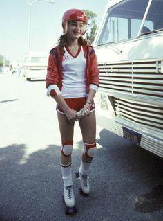 L'image vintage du week-end : Brooke Shields faisant du roller en 1980