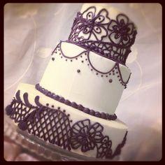 Henna tattoo inspired wedding cake