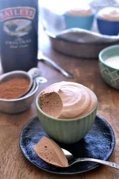 Rich, fluffy chocolate mousse infused with the delicious taste of Baileys Irish Cream. This recipe is to die for! Rich, fluffy chocolate mousse infused with the delicious taste of Baileys Irish Cream. This recipe is to die for! Easy Desserts, Delicious Desserts, Dessert Recipes, Yummy Food, French Desserts, Dessert Food, Health Desserts, Drink Recipes, Dinner Recipes