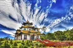 Templo Terra Pura de Padmasambava Centro Budista Khadro Ling  #budismotibetano #lifestyle #Rinpoche #travelphotographer #Buddha #chagdudgonpa