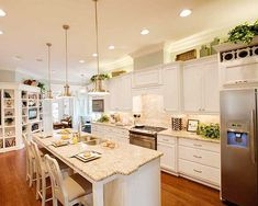 Country Home Plans Large Kitchens | ... Country, Narrow Lot, Cottage, Photo Gallery House Plans & Home Designs