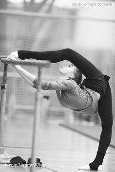 Flexibility♥ Wonderful! www.thewonderfulworldofdance.com