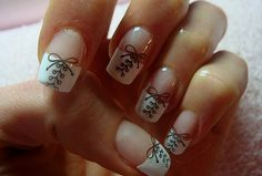 I hate fake nails but these are cute