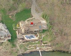 Bob Seger's lakeside home on Orchard Lake, MI