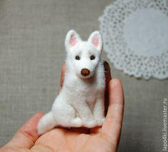 Брошь из войлока Леди - белый, собака, собачка, собака из шерсти, собака валяная