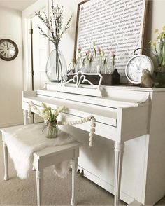 Picture behind piano