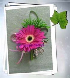 Pink Daisy Corsage