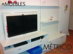 Mueble divisor de monoambiente en melamina marca Masisa de 18 mm. con sistema de 360 grados para LEDTv