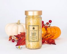 ***Pumpkin Caramel Aroma Beads*** The heady aroma of cinnamon, ground nutmeg, pumpkin and allspice weaves its spell, blending with the sweet scent of crisped vanilla, both of which are complemented by the rich flavors of caramel and cream. Glass Jars, Candle Jars, Aroma Beads, Tart Warmer, Wax Tarts, Fall Scents, Potpourri, Scented Candles, Caramel