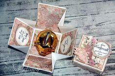 En slik gaveboks, kalt eksplosjonsboks. er perfekte til små gaver og pengegaver.