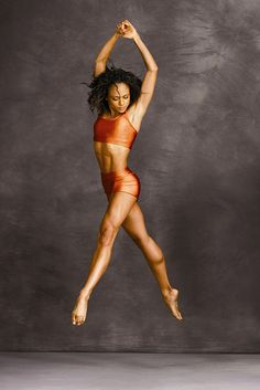 Strength-and-grace mash-up! Linda Celeste Sims, dancer in Alvin Ailey American Dance Theater. Photo: Andrew Eccles. #dance #AlvinAiley