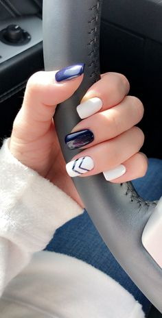 Blue And Silver Nails, White Gel Nails, Blue Matte Nails, Dark Blue Nails, Navy Nails, Blue Acrylic Nails, Gold Nails, Blue Glitter, Nails To Go
