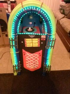 Pacos juke box.  By gallo & salas family