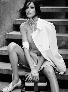 Amanda Wellsh by Nicole Heiniger for Harper's Bazaar Brazil February 2016