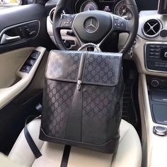 Gucci Mens Backpack Leather Luggage, Leather Backpack, Mens Weekend Bag, Louis Vuitton Collection, Gucci Men, Burberry Men, Gucci Purses, Vuitton Bag, Luxury Bags