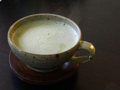 Lait d'amande et thé vert - combinaison étonnante qui vous aidera à perdre du poids et détoxifier votre corps