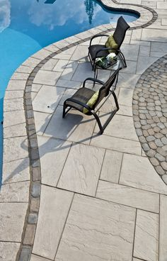 When it comes to patio slabs, some say: go bold or go home. Aberdeen Slabs are massive and luxurious, and could be just what you need. Swimming Pools Backyard, Swimming Pool Designs, Backyard Landscaping, Large Pavers, Concrete Patio Designs, Patio Slabs, Backyard Patio, Backyard Ideas, Front Walkway