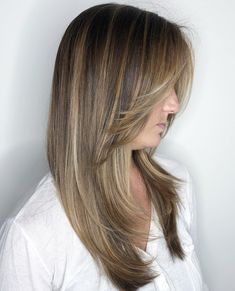 40 Picture-Perfect Hairstyles for Long Thin Hair Long Cut with Feathered Face-Framing The post 40 Picture-Perfect Hairstyles for Long Thin Hair appeared first on Haar. Long Thin Hair, Long Layered Hair, Long Curly Hair, Long Hair Cuts, Long Cut, Spring Hairstyles, Hairstyles Haircuts, Cool Hairstyles, Hairdos