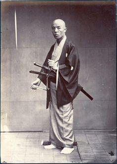 Samurai with Katana Real Samurai, Ronin Samurai, The Last Samurai, Samurai Swords, Japanese History, Japanese Culture, Japanese Art, Japanese Dragon, Japanese Warrior