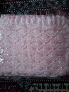 Stunning New Hand Knitted Baby Shawl/Bla - Diy Crafts Knitted Afghans, Knitted Baby Blankets, Baby Afghans, Baby Blanket Crochet, Crochet Baby, Baby Shawl, Handmade Baby Blankets, Crochet Quilt, Baby Alive Dolls
