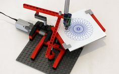 A simple Spirograph style LEGO drawing machine, with building instructions.
